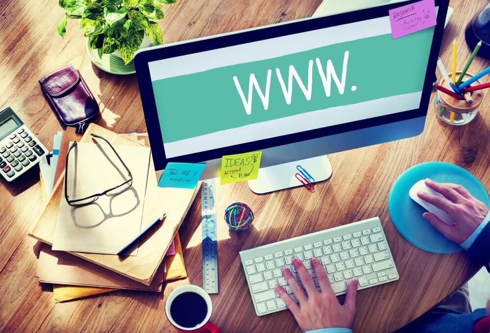 Cómo elegir, comprar y configurar un dominio de manera sencilla.